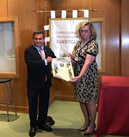 premios-doctor-serrano-lactoferrina